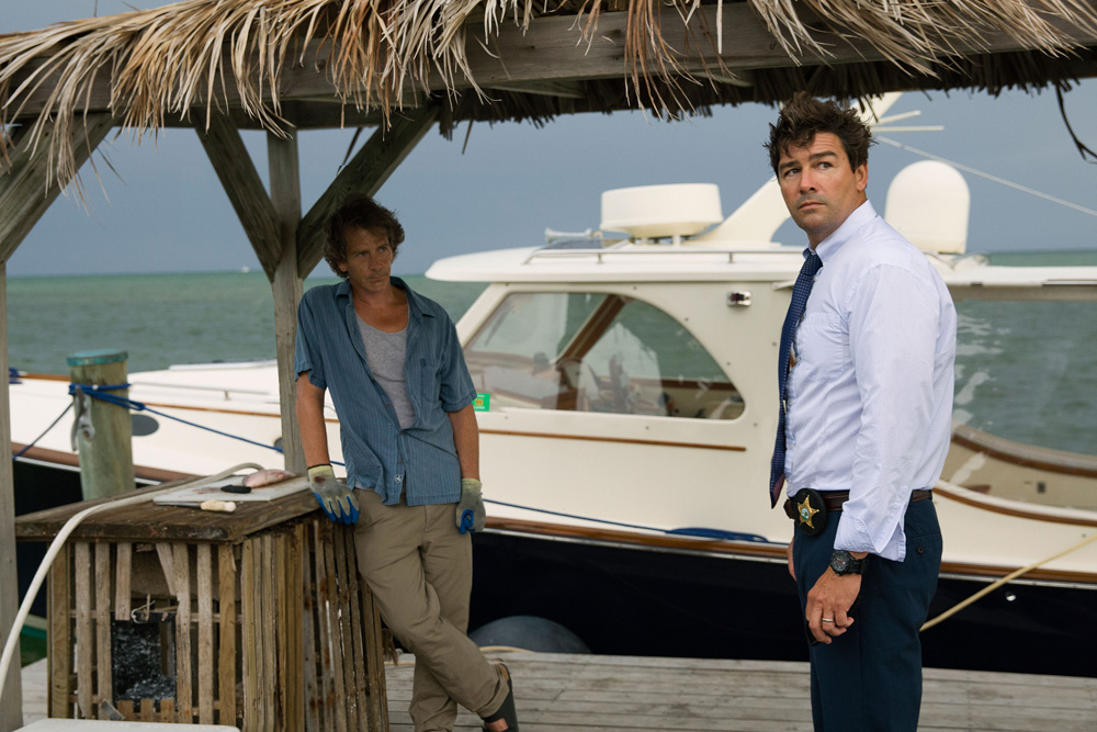 L to R: Ben Mendelsohn (Danny Rayburn) and Kyle Chandler (John Rayburn) in the Netflix Original Series BLOODLINE.  Photo Credit: Saeed Adyani  © 2014 Netflix, Inc. All Rights Reserved.
